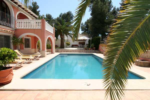 Villa avec piscine espagne aqui villas espagne location for Villa espagne piscine